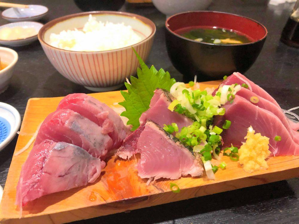 鎌倉で魚料理なら「尾崎」の刺身定食ランチがとにかく美味いからおすすめ。