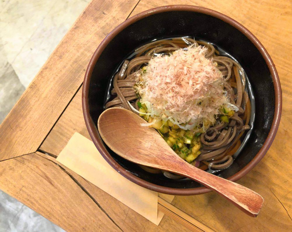 鎌倉のお蕎麦屋さん「ふくや」六地蔵店でずっしり歯ごたえの山形そばを食べてきた!