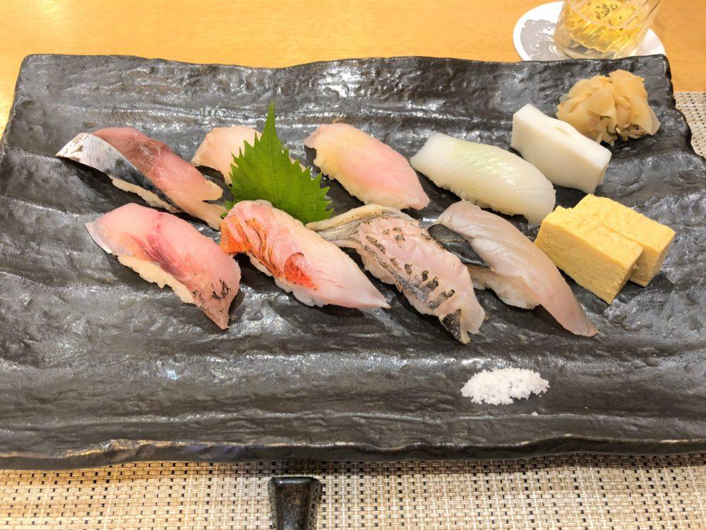 小田原「潮り」ミシュラン獲得の寿司店に予約して行ってみたよ