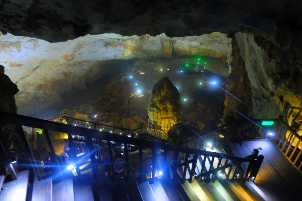 【絶景】ベトナム天国の洞窟への行き方。世界一美しい洞窟に行ってみたらそこは幻想世界。